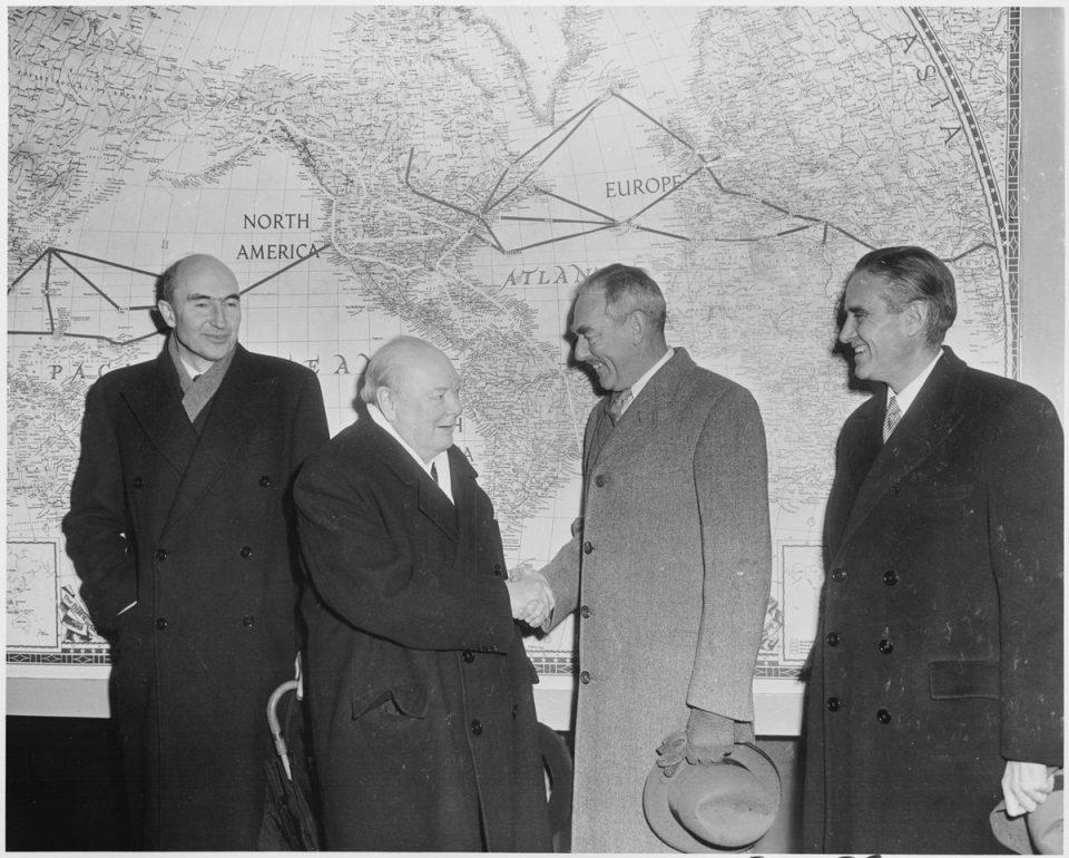 All'inizio-della-guerra-Churchill-non-era-molto-960x770.jpg